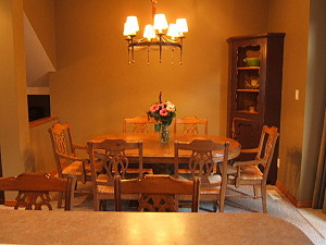 Dining room table with seating for 6